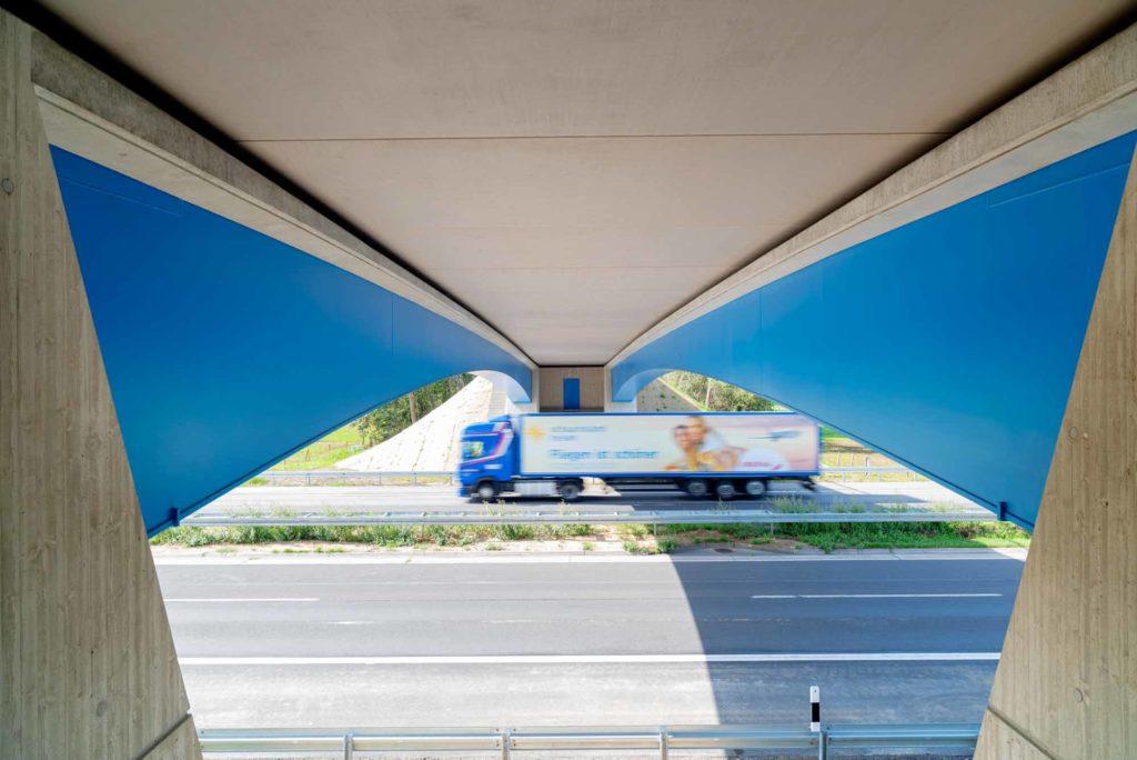 Modulbrücke Bögl auf dem Autobahnkreuz Fürth Erlangen A3